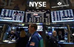 """رئيس """"بيمكو"""" يتوقع تباطؤ نمو الاقتصاد الأمريكي إلى 1%"""