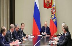 بوتين ومجلس الأمن الروسي يؤكدان ضرورة تفادي أي تهديد للتسوية في سوريا