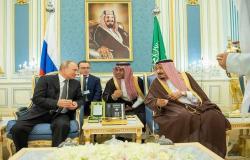 الملك سلمان: 30 مشروعاً مشتركاً بين السعودية وروسيا