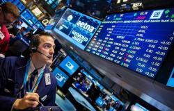 الأسهم الأمريكية تتراجع بالمستهل مع شكوك حول انفراجة الأزمة التجارية