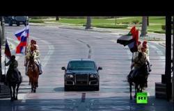 المقاتلات الإماراتية ترسم علم روسيا في سماء أبوظبي