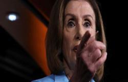 بيلوسي تدعو لإصدار قرار من الكونغرس الأمريكي لإلغاء قرار ترامب حول سوريا