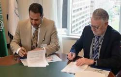 السعودية ونيوزيلندا تتفقان على منح رخص الطيران المدني