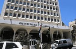 الأردن : مداهمة 3 مصانع إثر اشتباه بمخالفات ضريبية وجمركية