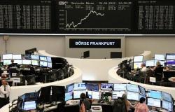 انخفاض الأسهم الأوروبية بالمستهل مع تجدد المخاوف التجارية
