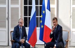 بوتين وماكرون يبحثان ملف سوريا ويتفقان على مواصلة التنسيق العسكري لمواجهة الإرهاب