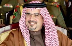 """ولي عهد البحرين يصل الرياض لحضور سباق """"فورميلا إي"""" الدرعية"""