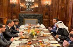 نوفاك: التبادل التجاري بين روسيا والسعودية يرتفع 54% في 2019