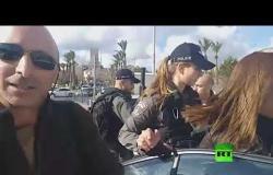 """قوات إسرائيلية تعتقل فريق تلفزيون """"فلسطين"""""""
