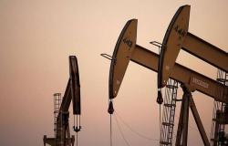 أسعار النفط ترتفع مع تكهنات عجز الإمدادات