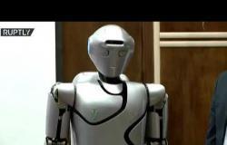 إيران تكشف عن روبوت بشري من الجيل الرابع