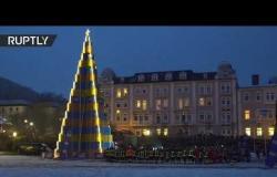 شجرة الميلاد من نوع فريد تحطم الرقم القياسي العالمي