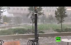 فيديو جديد يظهر قوة البرد والعاصفة التي ضربت أستراليا