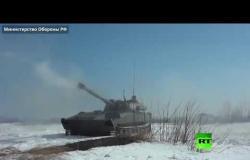 """تدريبات بالذخيرة الحية للبحرية الروسية بمدافع """"غفوزديكا"""" ذاتية الحركة"""