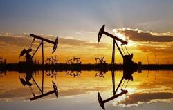 """أسعار النفط تواصل الهبوط مع مخاوف انتشار فيروس """"كورونا"""""""
