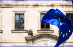 منطقة اليورو تبدأ عام المراجعات الاقتصادية