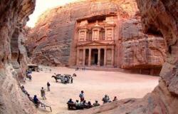 8ر361 مليون دينار عائدات قطاع السياحة الشهر الماضي