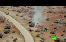 مطاردة هوليودية بين دبابة سورية ومدرعة تركية في ريف إدلب
