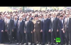 عبد الفتاح السيسي يتقدم جنازة عسكرية للرئيس المصري الراحل محمد حسني مبارك
