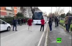 انطلاق أولى الحافلات التي تقل مهاجرين من اسطنبول باتجاه الحدود الأوروبية