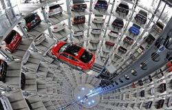 مسح: مبيعات السيارات العالمية قد تتراجع بأكبر وتيرة منذ 2008