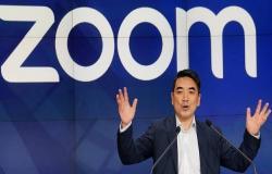 """محدث..سهم شركة """"زووم"""" يتراجع 11% بعد تأكيد الثغرات الأمنية"""