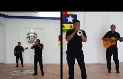 أغنية طريفة من الشرطة المكسيكية لوقف تفشي كورونا