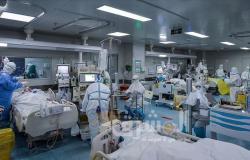 روسيا تسجل ما يقارب 1000 إصابة بكورونا في يوم واحد
