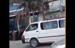رغم التحذيرات لمواجهة كورونا .. زحام شديد أمام البنك الأهلي فرع سفنكس