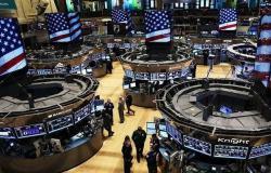 محدث.. الأسهم الأمريكية ترتفع بالختام رغم بيانات اقتصادية سلبية