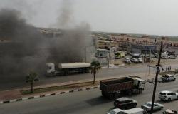 """شاهد.. """"مدني جازان"""" يُخمد حريقًا ضخمًا اندلع في محال ومركبات بالشقيق"""