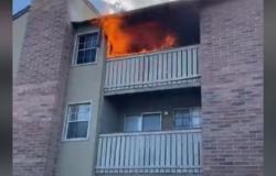 فيديو مثير.. رياضي سابق ينقذ طفلاً ألقت به أمه من مبنى محترق