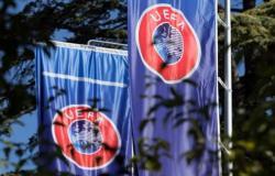 الاتحاد الأوروبي يقرر .. ملاعب محايدة لتصفيات دوري الأبطال والدوري الأوروبي