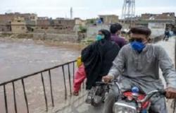 """""""كورونا"""" يصيب 727 باكستانياً جديداً.. ويودي بحياة 21"""