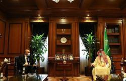 """""""الجبير"""" يستعرض العلاقات الثنائية مع السفير المصري بالمملكة"""