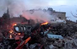 أعنف قصف منذ 6 أشهر.. روسيا تشنّ 30 غارة على مناطق المعارضة بإدلب