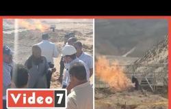 لجنة من البترول تعاين مصدر انبعاث نيران من ماسورة بئر مياه جوفية بسوهاج