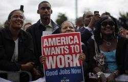 837 ألف أمريكي يفقدون وظائفهم في أسبوع