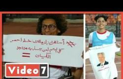 لافتات لدعم مرتضى منصور وقمصان عليها صورته فى لقاء دجلة