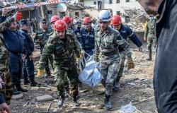 تجدد الاشتباكات بين قوات أرمينيا وأذربيجان.. ومقتل 45 جنديًا في كاراباخ