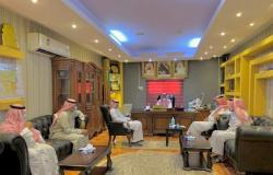 بعد مطالب المجلس المحلي .. محافظ العارضة يجتمع بمسؤولي 4 جهات حكومية