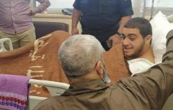فيديو : والد الفتى الأردني صالح يزوره في المستشفى