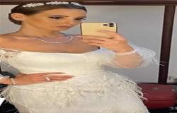 إيمان العاصي بفستان أبيض ساحر في مهرجان الجونة السينمائي