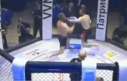 بالفيديو.. ملاكم يفقد وعيه ويظل واقفاً على قدميه بعد تلقيه ضربة قاضية