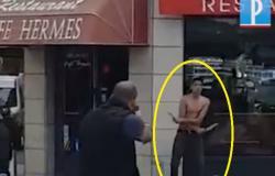 فيديو.. لحظة مقتل مسلح بسكين على يد الشرطة في أفينيون