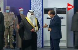 """شاهد.. """"السيسي"""" يستقبل أمير تبوك في حفل افتتاح جامعة الملك سلمان بشرم الشيخ"""