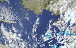 تصل القاهرة بعد قليل.. الأرصاد تكشف شدة الأمطار خلال الساعات القادمة