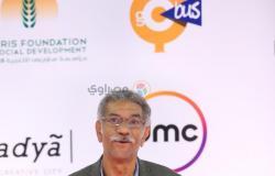 """سيد رجب بإطلالة """"سيمي فورمال"""" في ثالث أيام مهرجان القاهرة"""