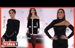باللون الأسود.. فساتين مثيرة للفنانات في اليوم الثالث من مهرجان القاهرة السينمائى