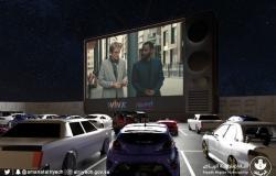 """شاهد بالفيديو.. إطلاق أول """"سينما للسيارات"""" في العاصمة الرياض"""